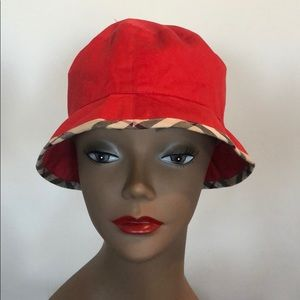 Authentic Burberry Bucket Hat. Like New. Size M